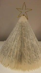 Pyssel av bok del 2 julgran