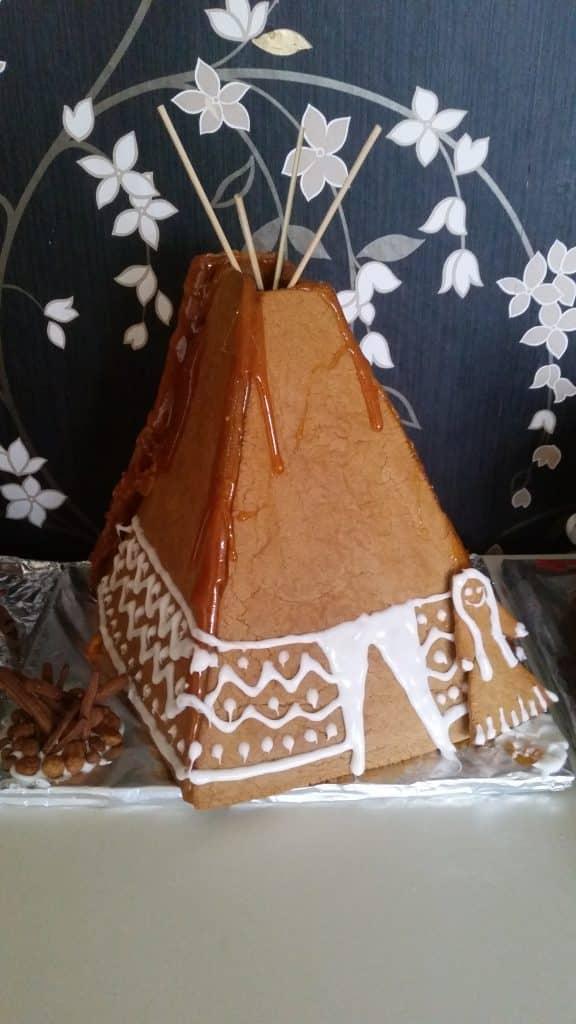 Julpyssel, Indianpepparkakshus