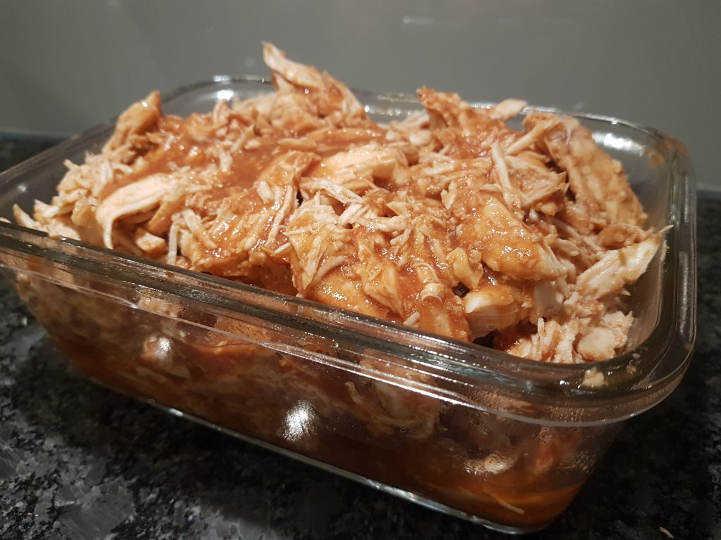 Pulled chicken i slow cooker