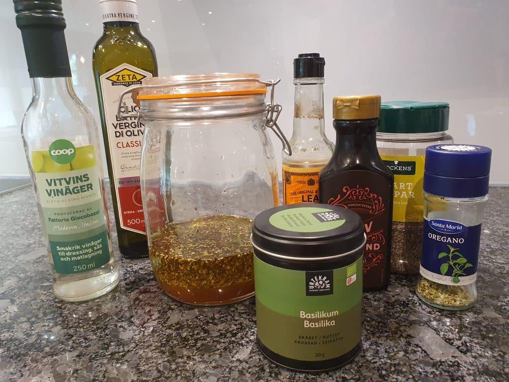 Recept på marinerade vitlöksklyftor